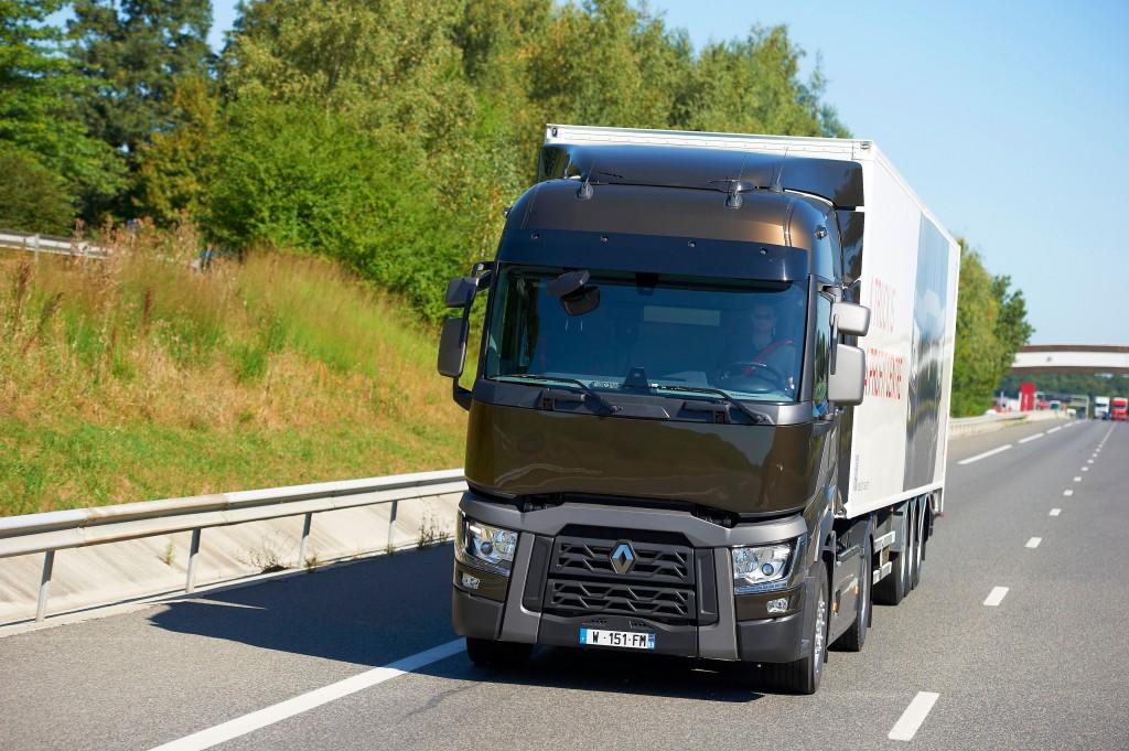 renault trucks t camion de l ann e en espagne xavier breton d put de l 39 ain. Black Bedroom Furniture Sets. Home Design Ideas